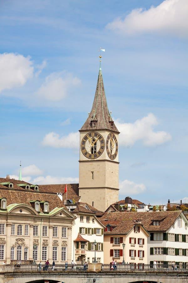 St Peter Landmark de Zurich, du centre images stock
