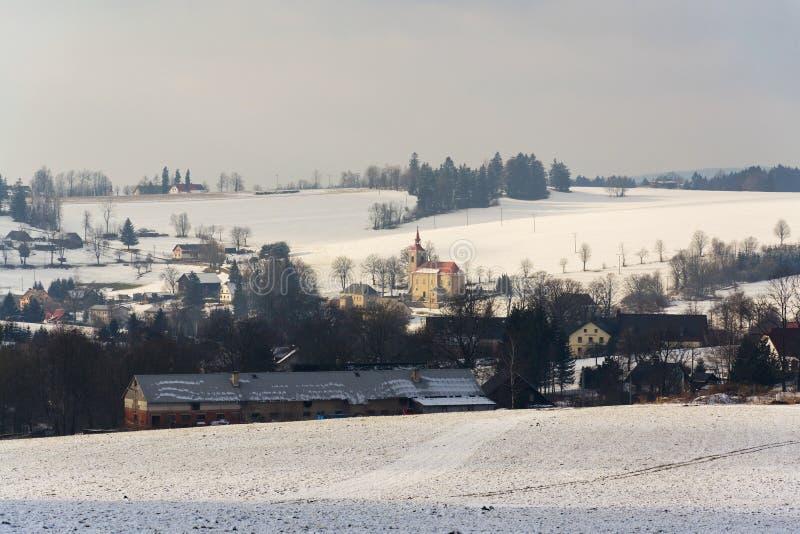 St Peter och Paul Church i Ceske Petrovice, Tjeckien royaltyfria foton