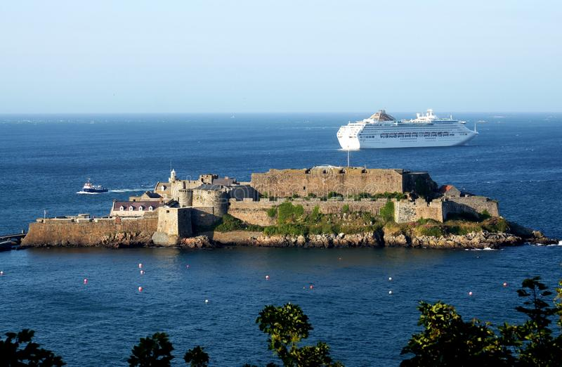St Peter Port Castle Cornet de Guernesey photographie stock libre de droits