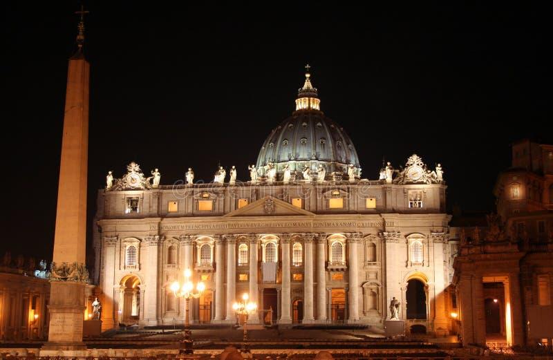 St. Peter (Rome-Italië) Nacht royalty-vrije stock afbeelding