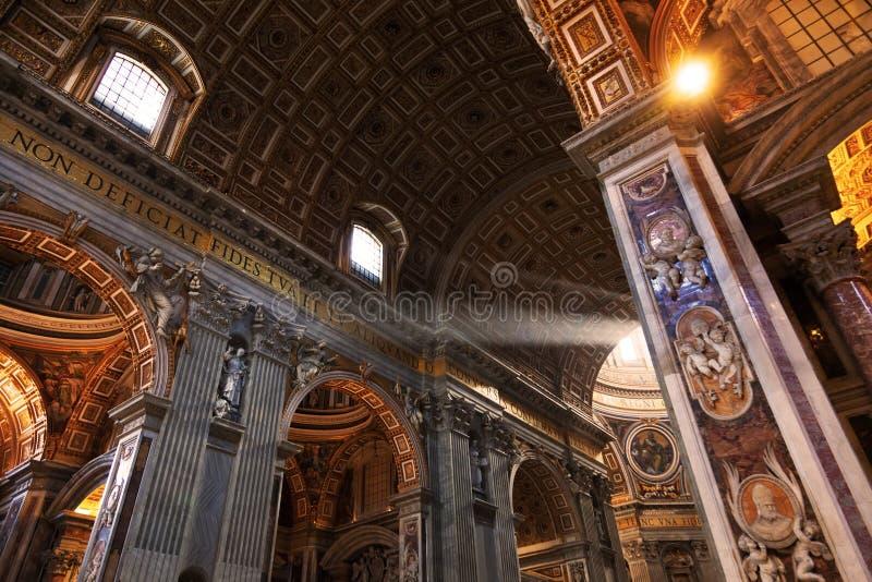 st peter s базилики стоковые изображения
