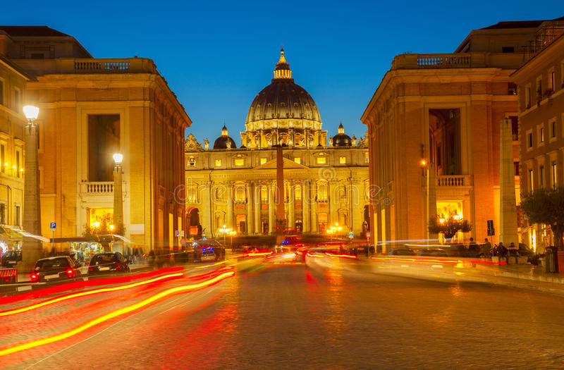 St Peter ` s katedra w Rzym, Włochy fotografia royalty free