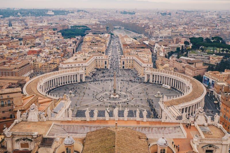 St Peter ` s kwadrat w Rzym jak widzieć od above widok z lotu ptaka fotografia royalty free