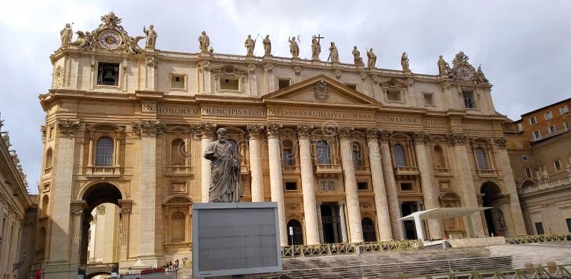 St Peter Square, St Peter s Basiliek, de Stad van Vatikaan stock fotografie