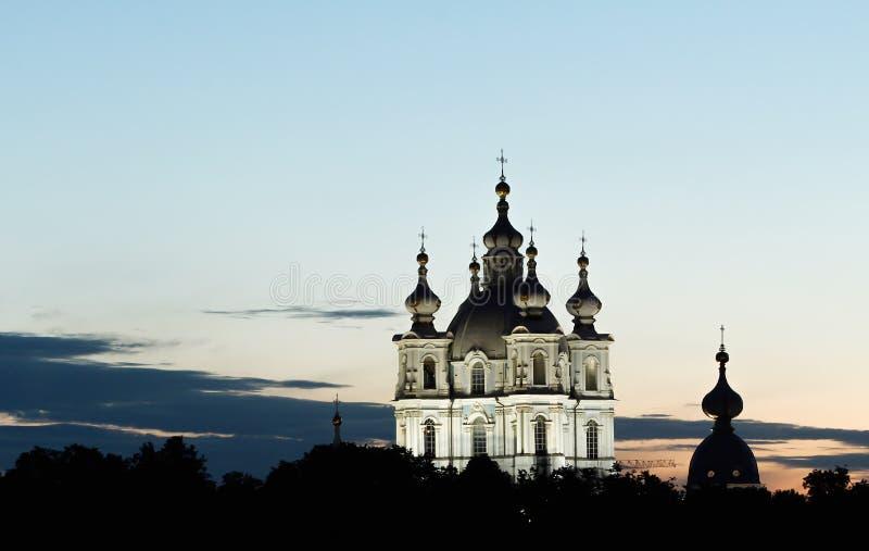 St Petersburg, catedral de Smolny en las noches blancas foto de archivo libre de regalías