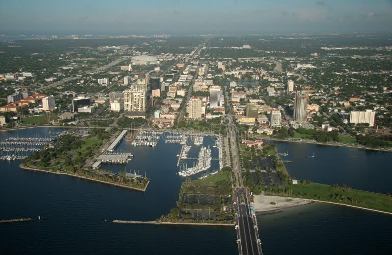 St. Petersburg de stad in - Florida royalty-vrije stock fotografie