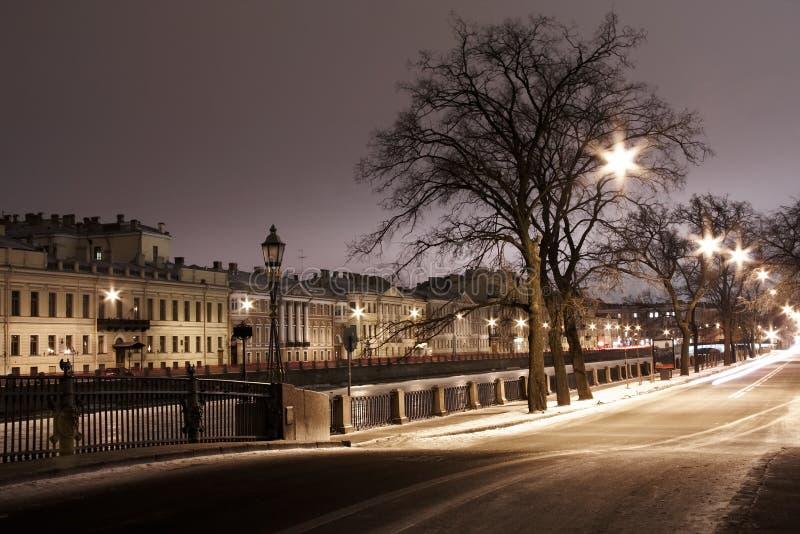 St. Petersburg, de winter rive stock afbeeldingen