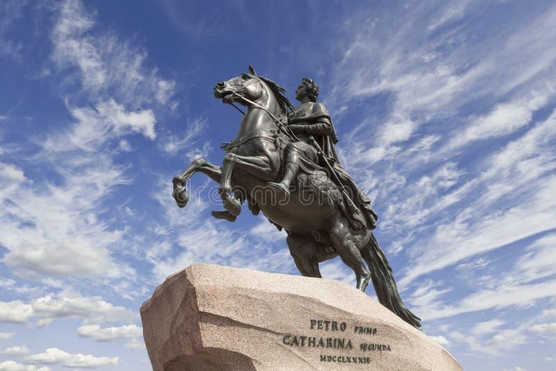 St Petersburg den rid- statyn av Peter de stora, royaltyfria bilder