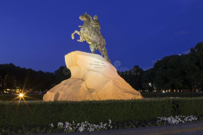 St Petersburg, die Reiterstatue von Peter der Große, lizenzfreie stockfotos