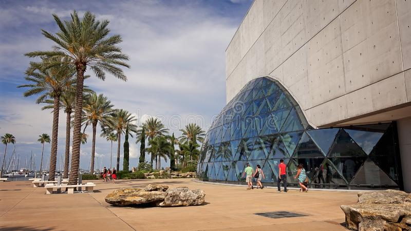 Tourists at the Salvador Dali Museum in St Petersburg, Florida. ST PETERSBURG, FLORIDA - MAY 29th: Unidentified visitors walk past the Salvador Dali Museum in St royalty free stock images