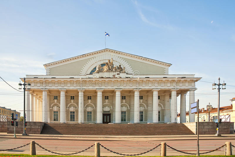 St Petersburg. Historisches Gebäude lizenzfreie stockfotografie