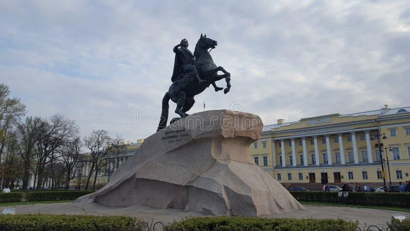 St Petersburg I cavallerizzi bronzei fotografia stock libera da diritti
