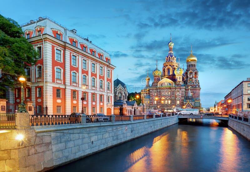 St Petersburg - igreja do salvador no sangue derramado, Rússia imagens de stock royalty free