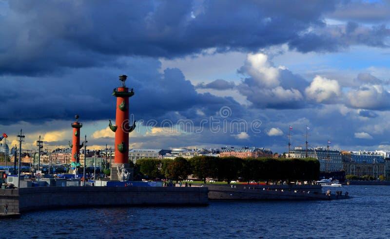 St Petersburg La vecchia borsa valori di San Pietroburgo fotografia stock libera da diritti