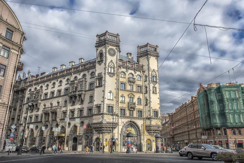 St Petersburg Lev Tolstoy Square arkivfoto
