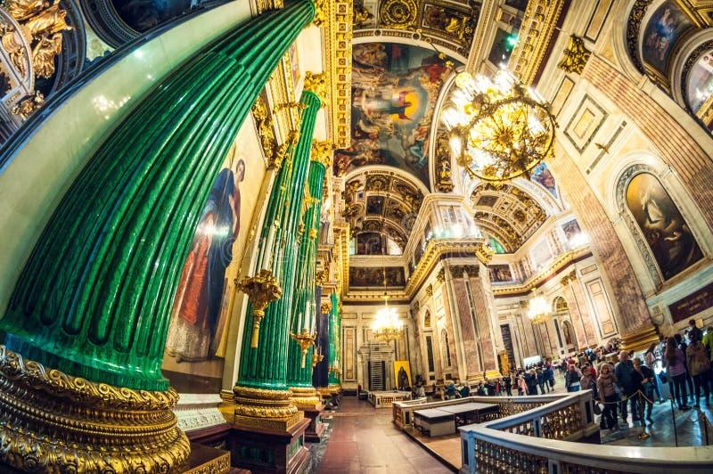 St Petersburg - 19. Mai 2016: Detail des Innenraums Heilig-Isaacs von Kathedrale oder von Isaakievskiy Sobor lizenzfreie stockfotos