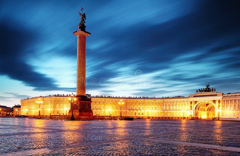 St Petersburg - palais d'hiver, ermitage en Russie images stock