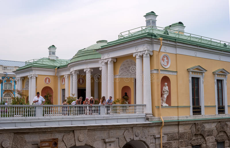 St Petersburg, Rússia - 26 de junho de 2016: A galeria de Cameron Sala de Agatova na rampa no parque de Catherine em Pushkin imagens de stock royalty free