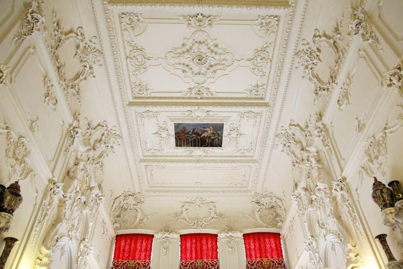 ST PETERSBURG, RÚSSIA - 6 DE OUTUBRO DE 2014: Interior de um de t foto de stock royalty free