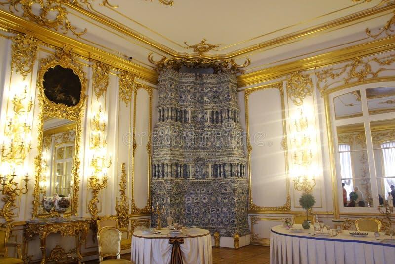 ST PETERSBURG, RÚSSIA - 6 DE OUTUBRO DE 2014: Interior de um de t imagens de stock royalty free