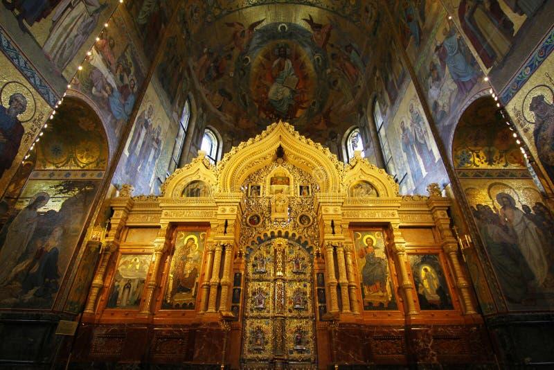 St Petersburg, Rússia, OUTUBRO 6,2014: Interior da igreja de fotografia de stock royalty free