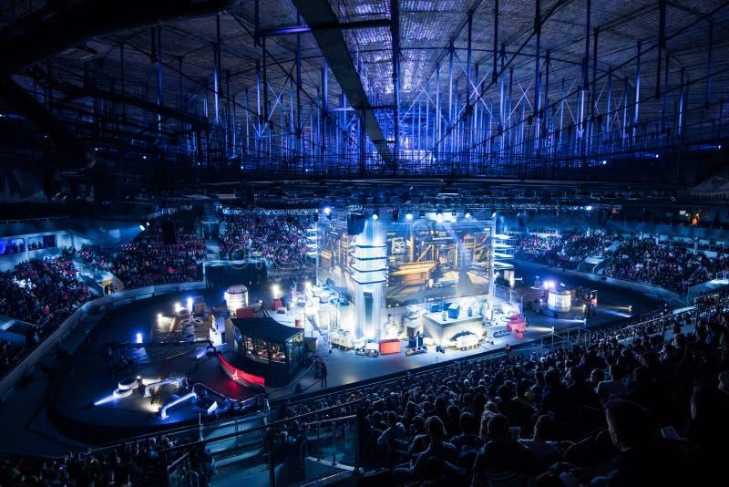 ST PETERSBURG, RUSIA - 28 DE OCTUBRE DE 2017: Huelga del contador del EPICENTRO: Acontecimiento deportivo cibernético ofensivo gl imagen de archivo