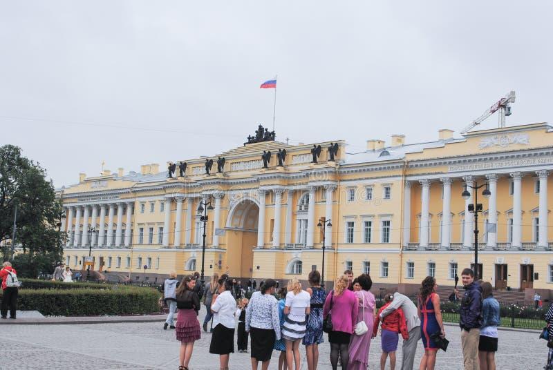 ST PETERSBURG, RUSLAND - JULI 12, 2015: Mening van de het landschapsstad van St. Petersburg de stedelijke royalty-vrije stock afbeelding