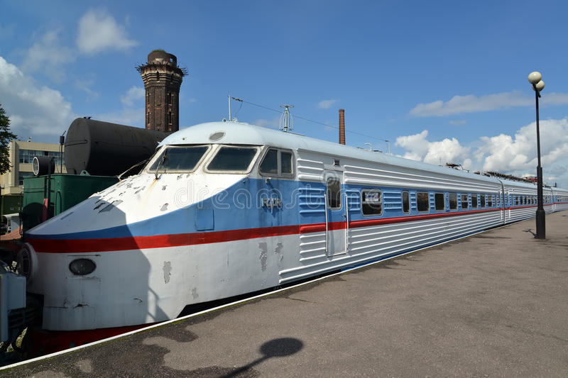 ST. PETERSBURG, RUSSIA. The high-speed electric train of ER200-1 costs at the platform stock image
