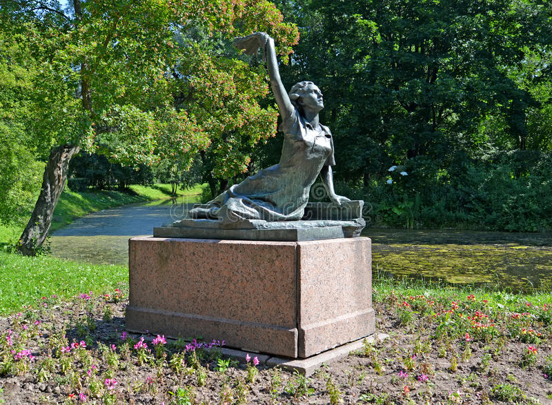 ST. PETERSBURG, RUSSIA. A monument Raimonda Dyen's Feat in the Moscow Victory park stock photo