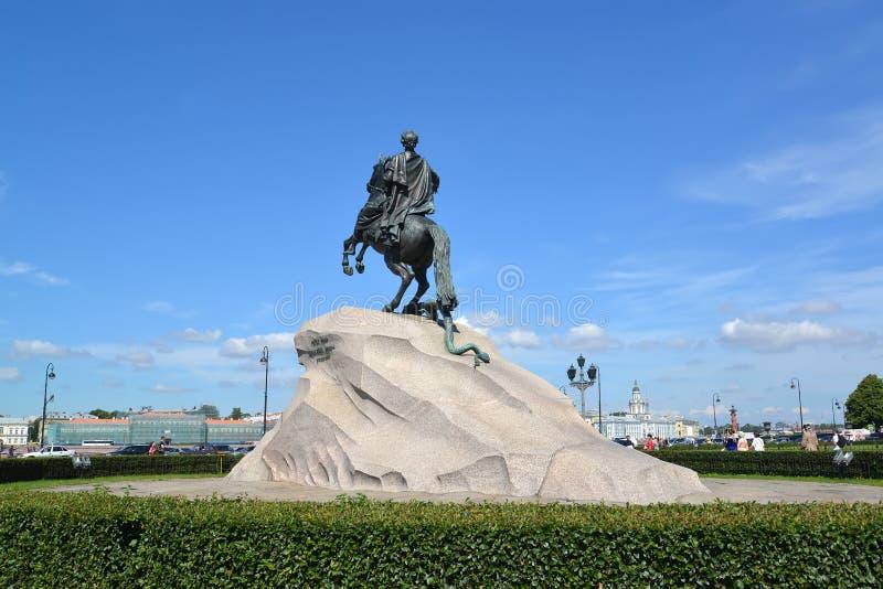 ST petersburg russia Monument till Peter I & x28; Brons Horseman& x29; royaltyfri bild