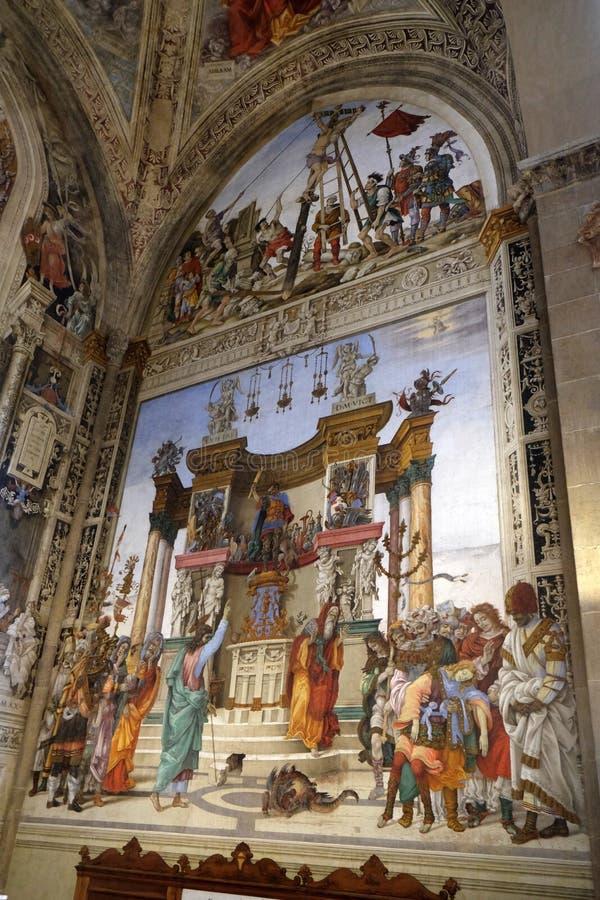 St Philip Driving el dragón del templo de Hieropolis, iglesia de Santa Maria Novella en Florencia fotografía de archivo libre de regalías