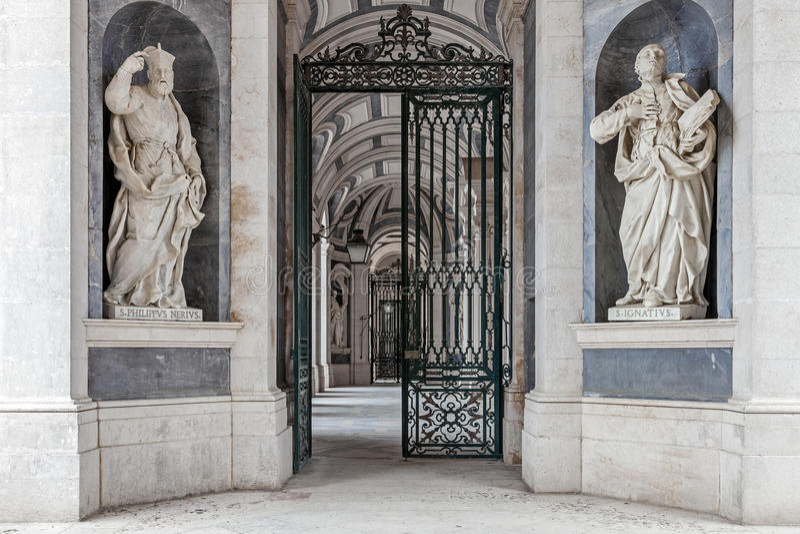 St. Philip Neri und St Ignatius von Loyola Italian Baroque-Skulpturen stockfotografie