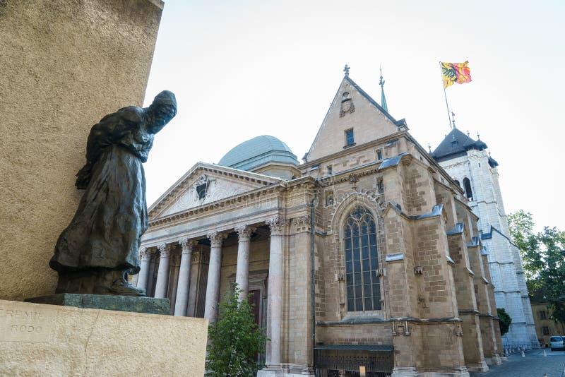 St Pierre Cathedral em Genebra, Suíça imagens de stock