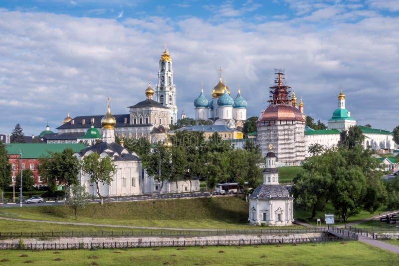 St Sergius Lavra della trinità santa in Sergiev Posad nella regione di Mosca immagini stock libere da diritti