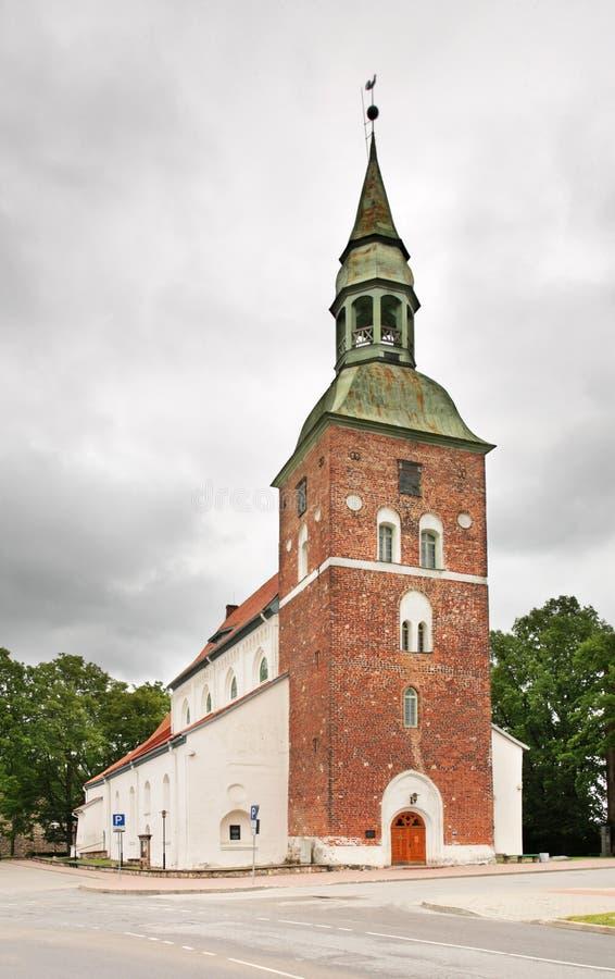 St Simon Church i Valmiera latvia royaltyfri foto
