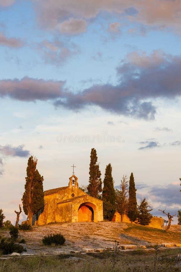 St Sixte da capela perto de Eygalieres, Provence, Fran?a fotos de stock