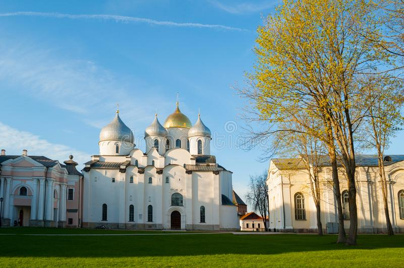 St Sophia kathedraal in Veliky Novgorod, Rusland - avondmening stock foto's