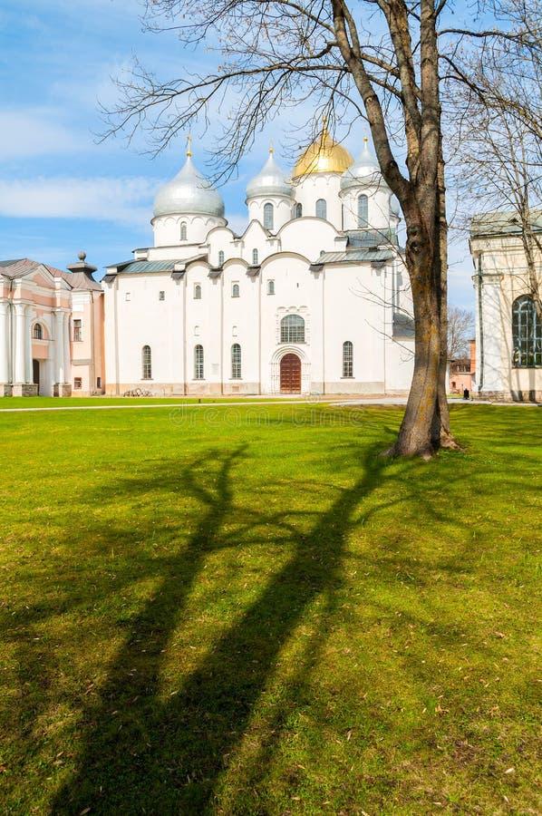Καθεδρικός ναός του ST Sophia σε Veliky Novgorod, Ρωσία Άποψη άνοιξη στοκ εικόνα με δικαίωμα ελεύθερης χρήσης