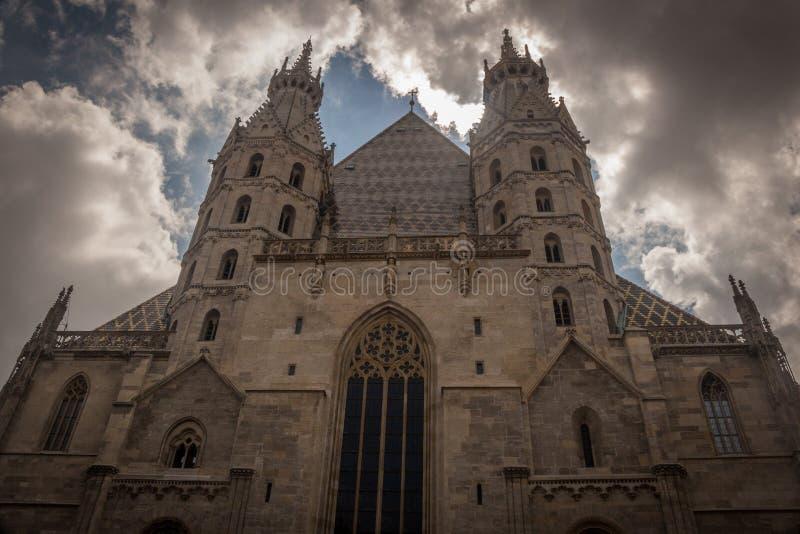 St Stephan& x27; catedral de s en Viena imagen de archivo libre de regalías