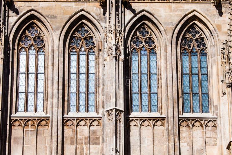 Download St Stephan Kathedraal In Wenen, Oostenrijk Stock Foto - Afbeelding bestaande uit helder, oriëntatiepunt: 39109594