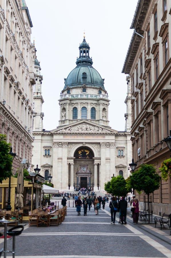 Download St. Stephen Basiliek, Boedapest, Hongarije Redactionele Fotografie - Afbeelding bestaande uit oriëntatiepunt, koepel: 39110112