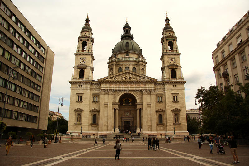 Download St. Stephen Church In Budapest (Hunagry) Editorial Photo - Image: 33809346