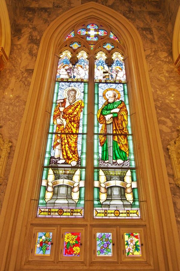 ST. Thaddaeus en ST. Simon Gebrandschilderd glas stock afbeelding