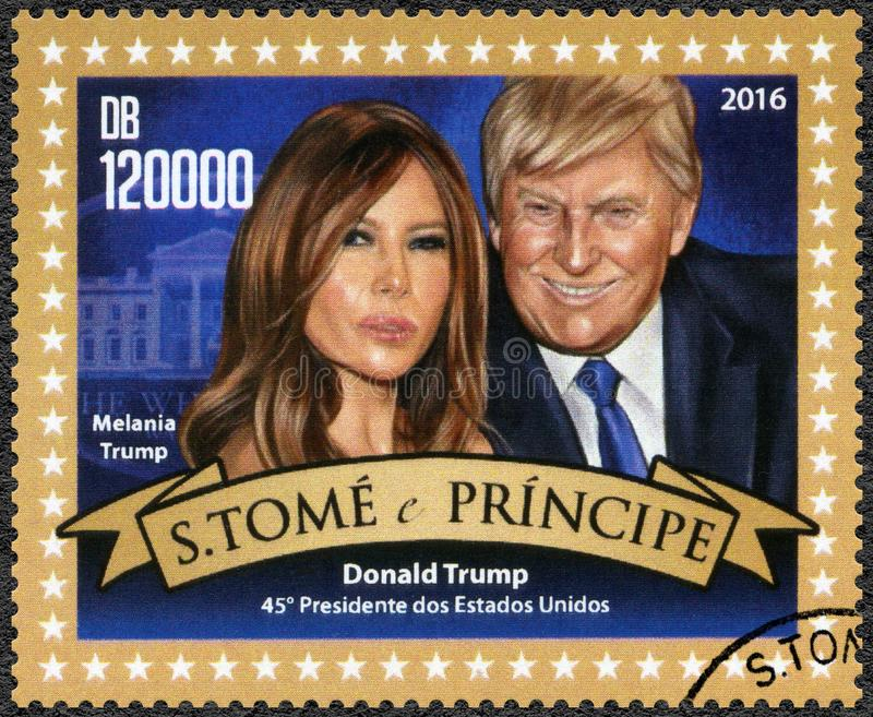 ST THOMAS E PRÍNCIPE ILHA - 2016: mostras Donald John Trump presidente carregado de 1946 americanos, trunfo de Melania carregado  fotografia de stock