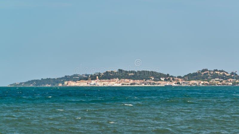 St Tropez - wiev från havet royaltyfri foto
