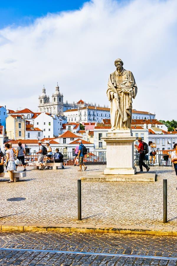 St Vicente Statue en Lisboa imagen de archivo libre de regalías