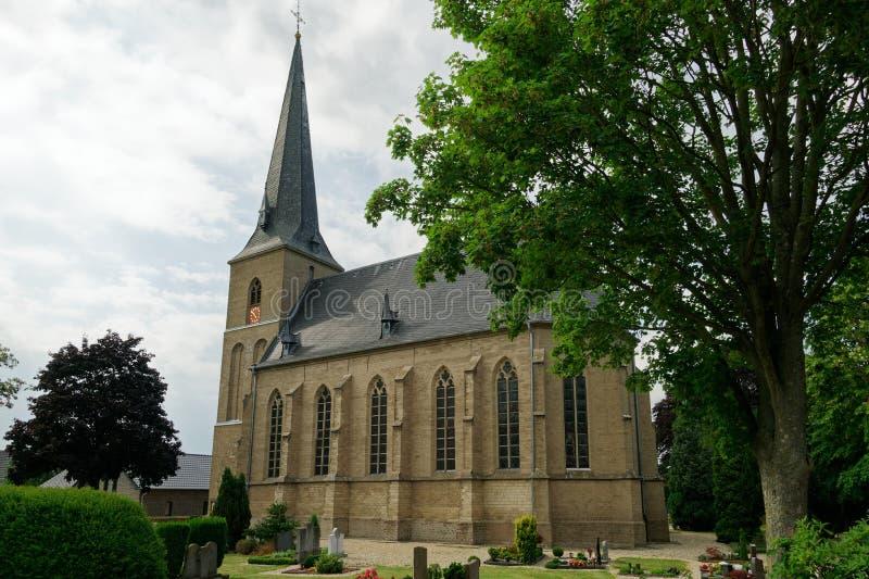 St Vincentive kerk, Till, Bedburg-Hau, Duitsland stock foto