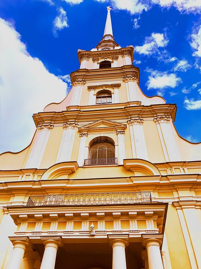 St Vitus大教堂` s塔,圣彼德堡-俄罗斯 库存图片