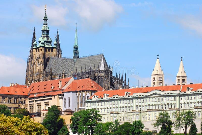 St Vitus Cathedral en Praga foto de archivo