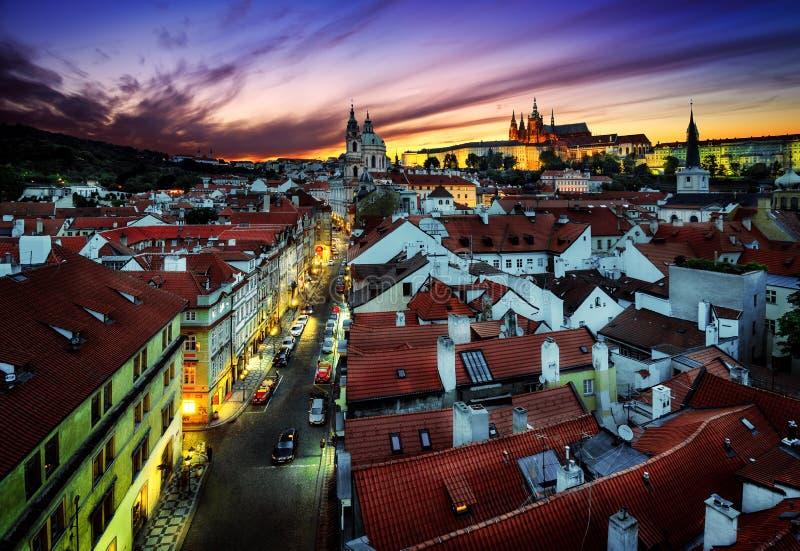 St Vitus Cathedral en St Nicholas Church, Praag, Tsjechische repub stock afbeelding